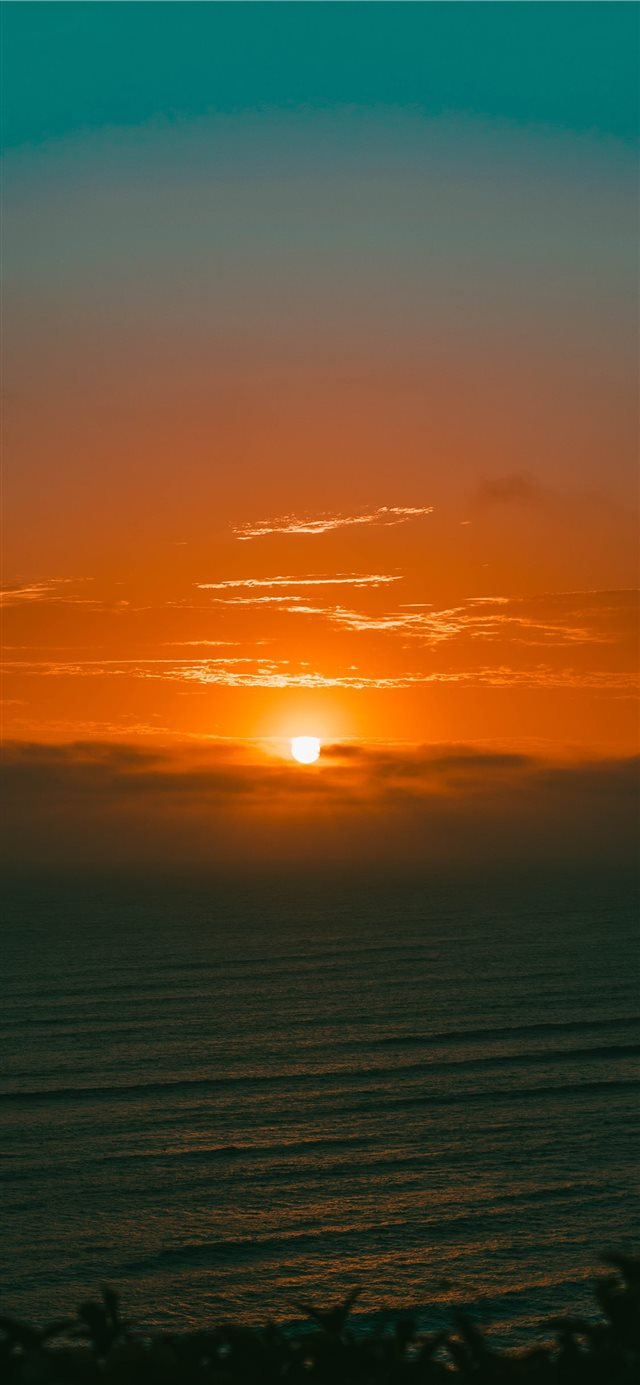 Atardecer en lima iPhone 11 wallpaper