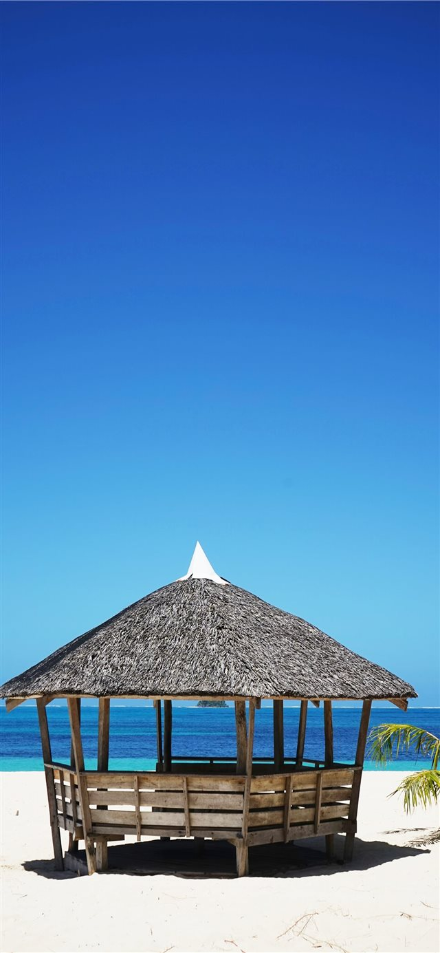 Daku Island  General Luna  Philippines iPhone X wallpaper
