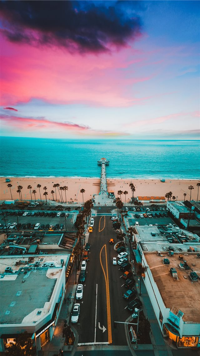 Manhattan Beach Pier iPhone 8 wallpaper