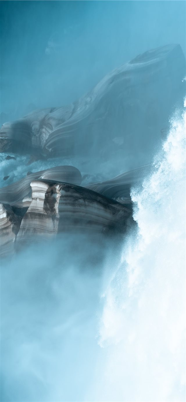 Roaring Falls iPhone X wallpaper