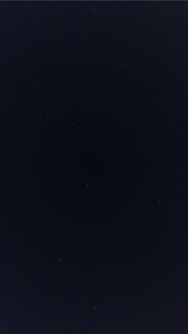 Night sky iPhone SE wallpaper