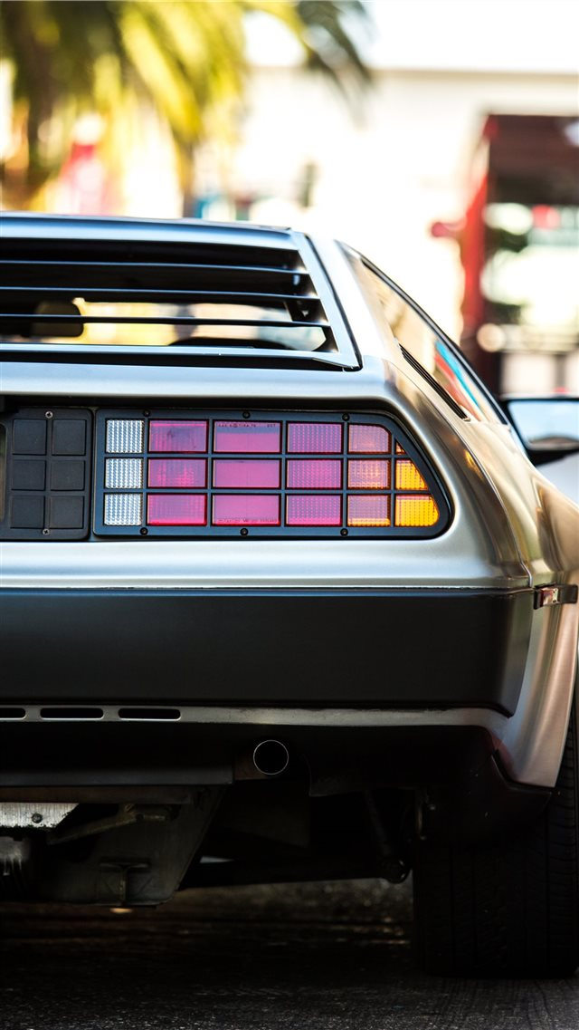 delorean iPhone 8 wallpaper