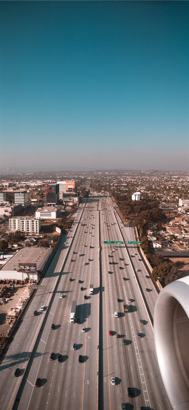 LA Highway iPhone X wallpaper