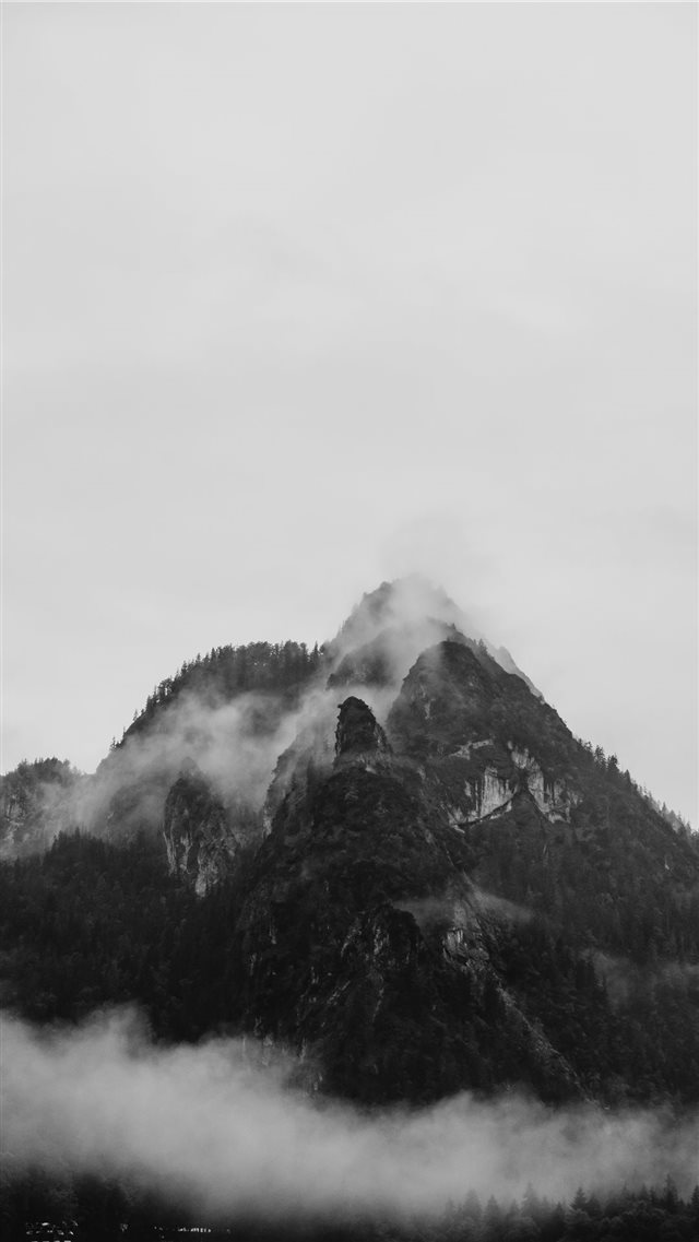 Mountain in the fog iPhone SE wallpaper
