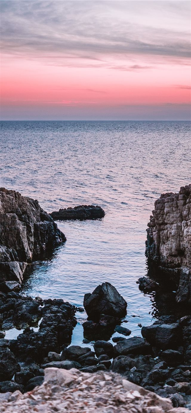 Beach Rocks V2 iPhone X wallpaper