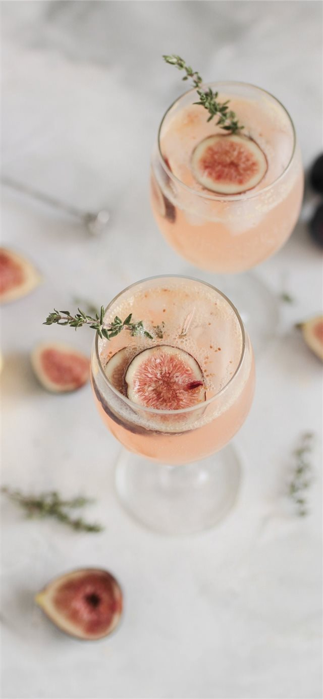 Fig and thyme spritz iPhone X wallpaper