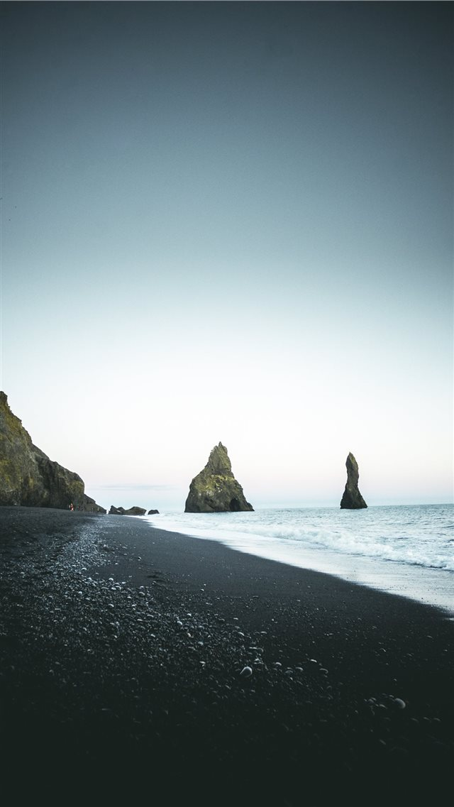Iceland iPhone 8 wallpaper