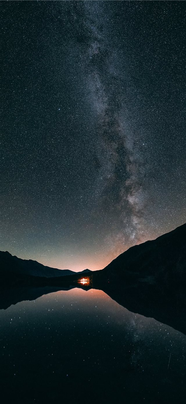 Milky way Antholz lake iPhone 11 wallpaper