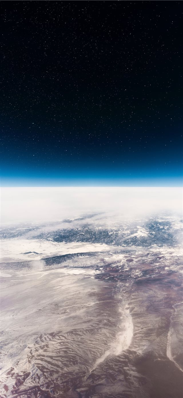 Interstellar iPhone X wallpaper