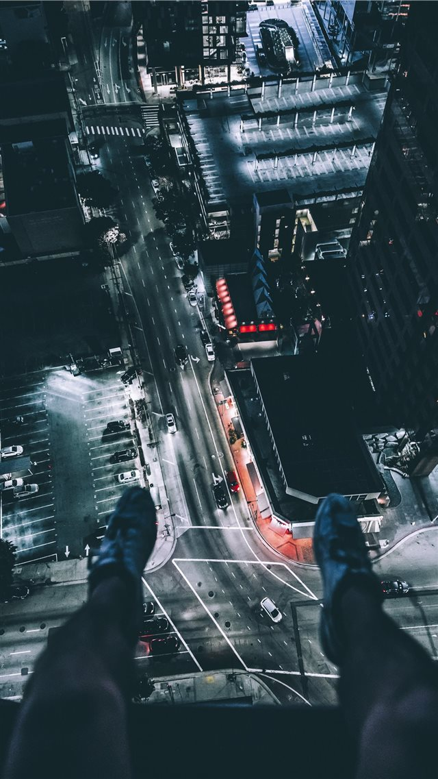 Just hangin' iPhone 8 wallpaper