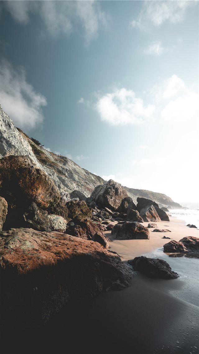 Marshall's Beach  San Francisco  United States iPhone SE wallpaper