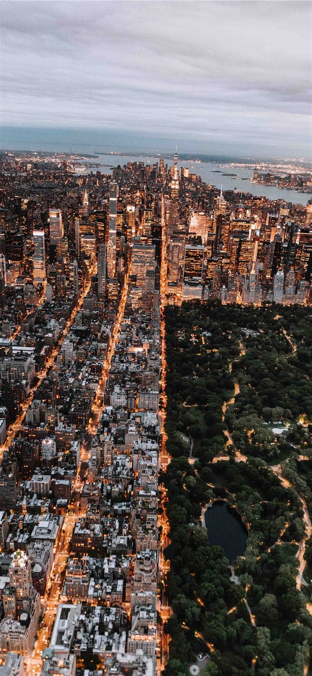 Aerial of Central Park and New York City iPhone 11 wallpaper
