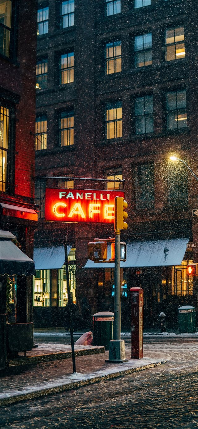 First snow in New York iPhone 11 wallpaper