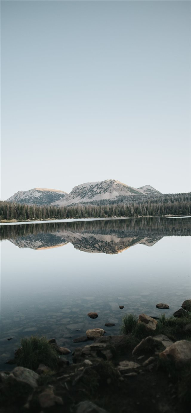 Mirror Lake iPhone X wallpaper