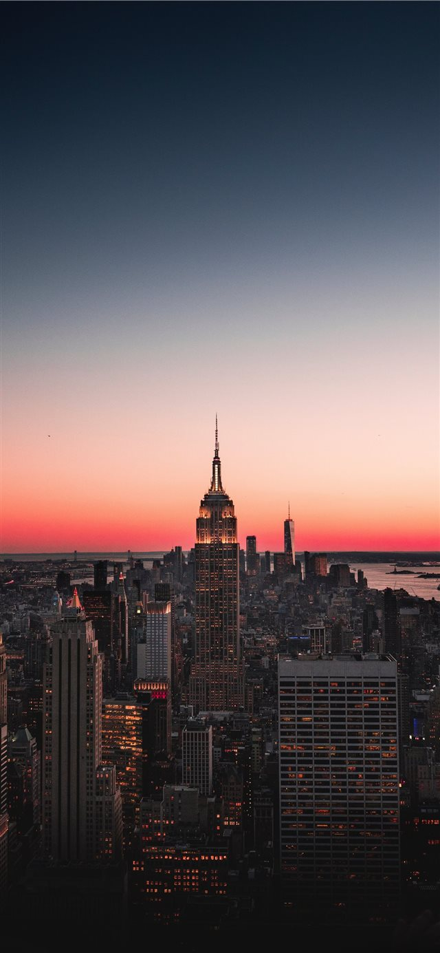 The Empire State  Vertically framed  iPhone X wallpaper