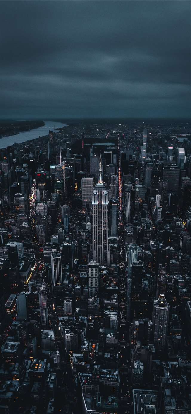 Empire State Building  iPhone X wallpaper