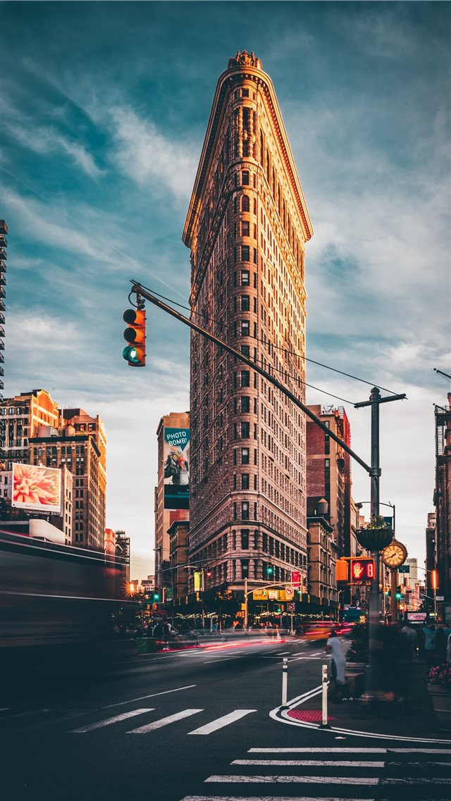 Flatiron Building  New York  United States iPhone 8 wallpaper