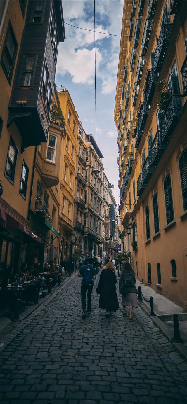 Istanbul  Turkey iPhone X wallpaper