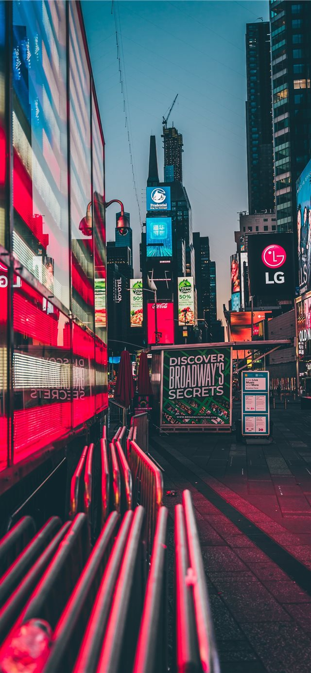 Times Square  New York  United States iPhone X wallpaper
