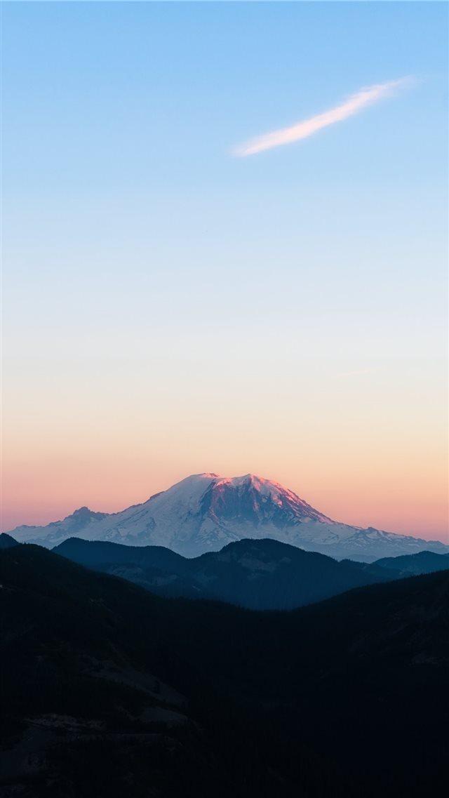 Mountain Rainier National Park  WA iPhone 8 wallpaper