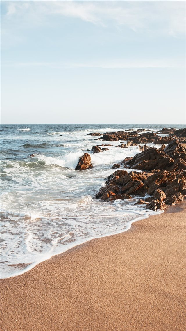 Shore iPhone 8 wallpaper
