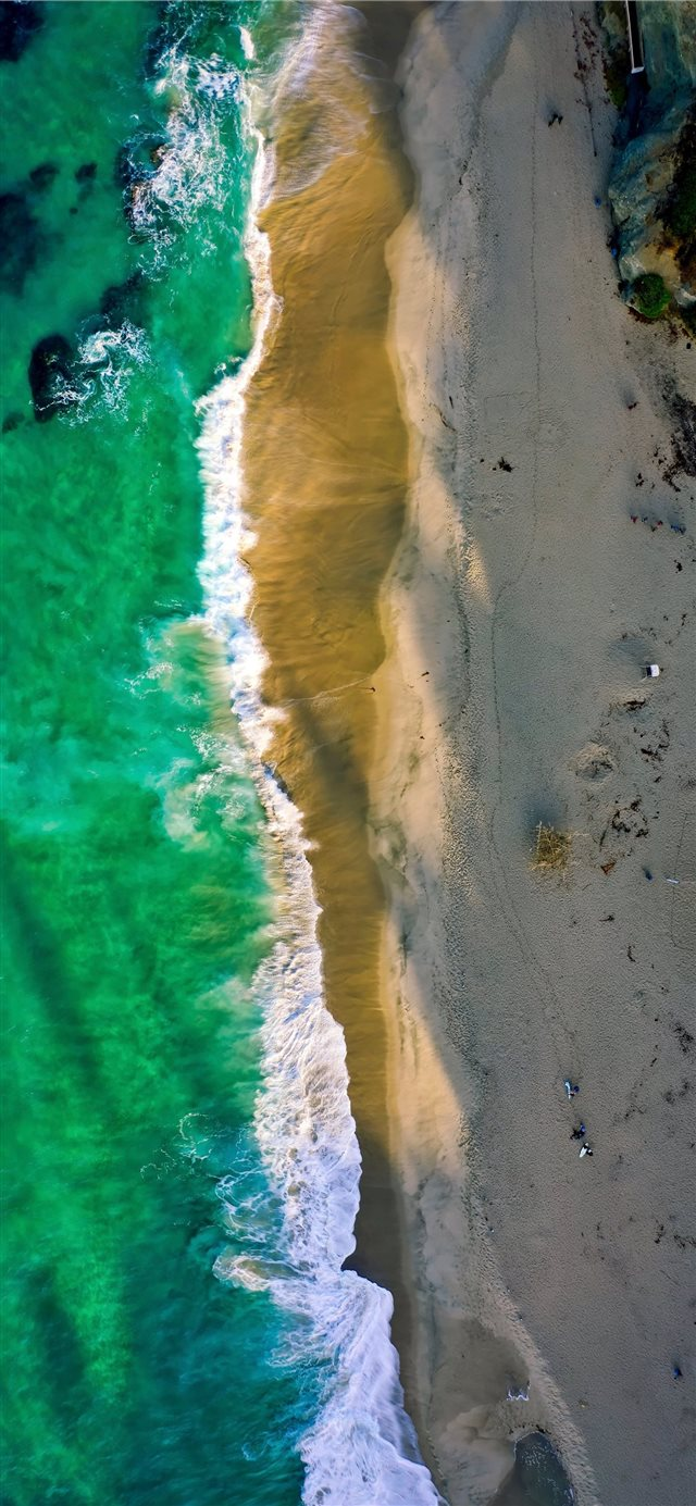 A beach in Laguna  iPhone X wallpaper