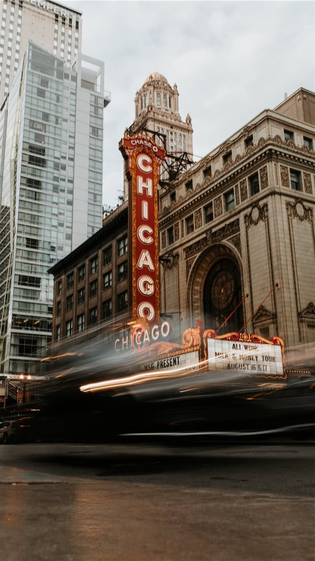 Chicago Theatre iPhone 8 wallpaper