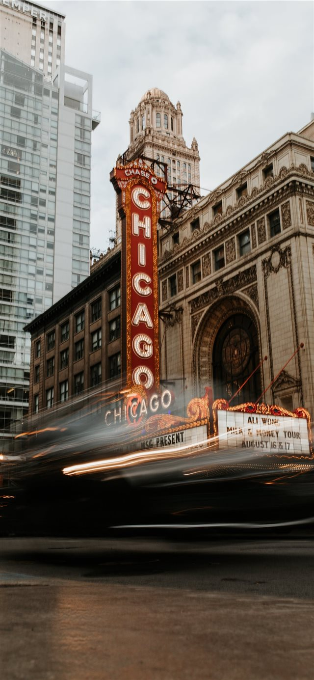 Chicago Theatre iPhone X wallpaper