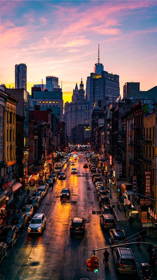 Chinatown iPhone SE wallpaper