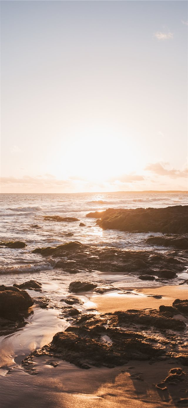 Golden hour iPhone X wallpaper
