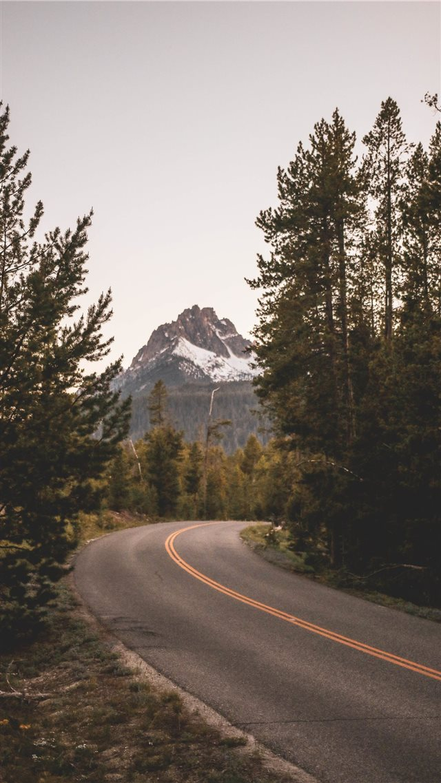 a road iPhone 8 wallpaper