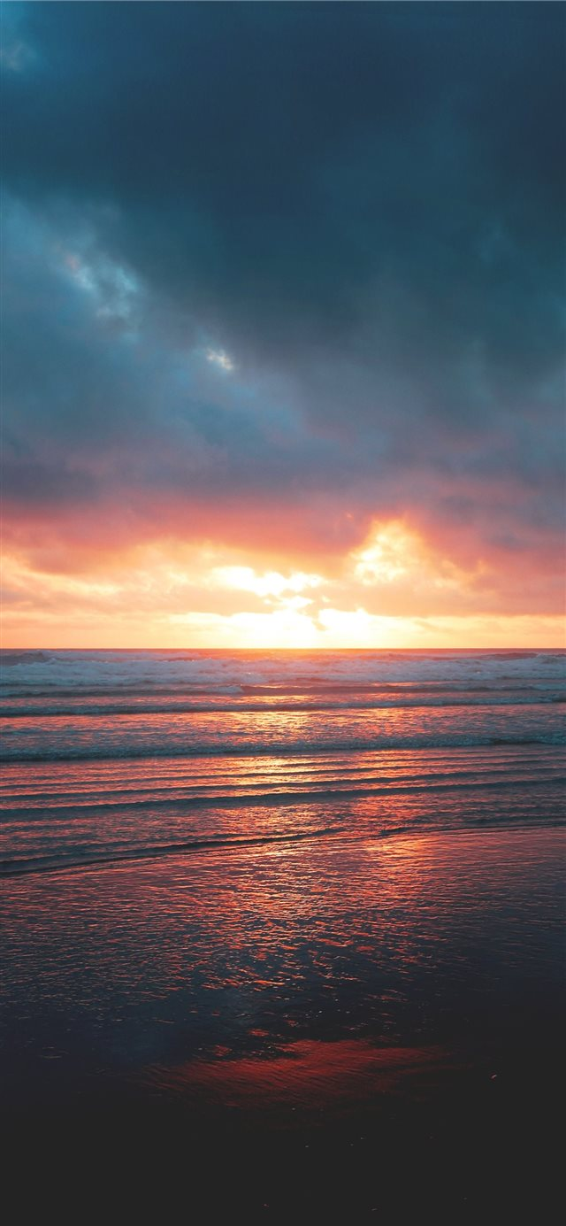 Cannon Beach United States iPhone X wallpaper