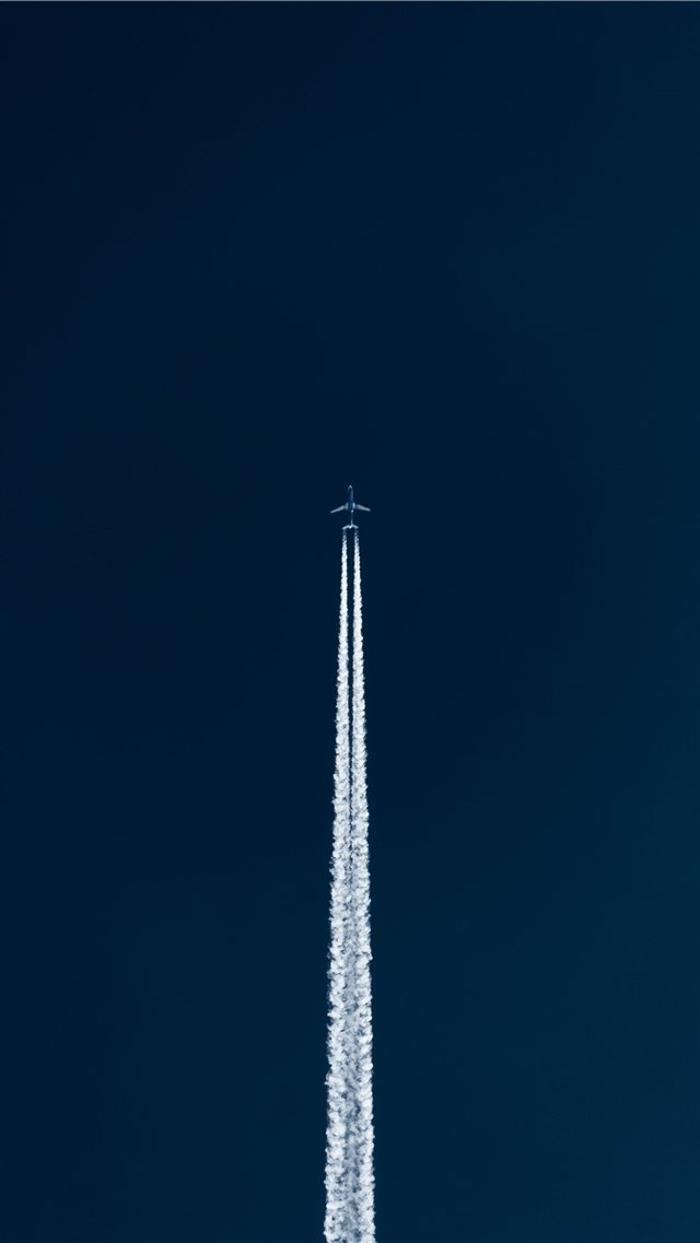 fighter jet airshow iPhone SE wallpaper