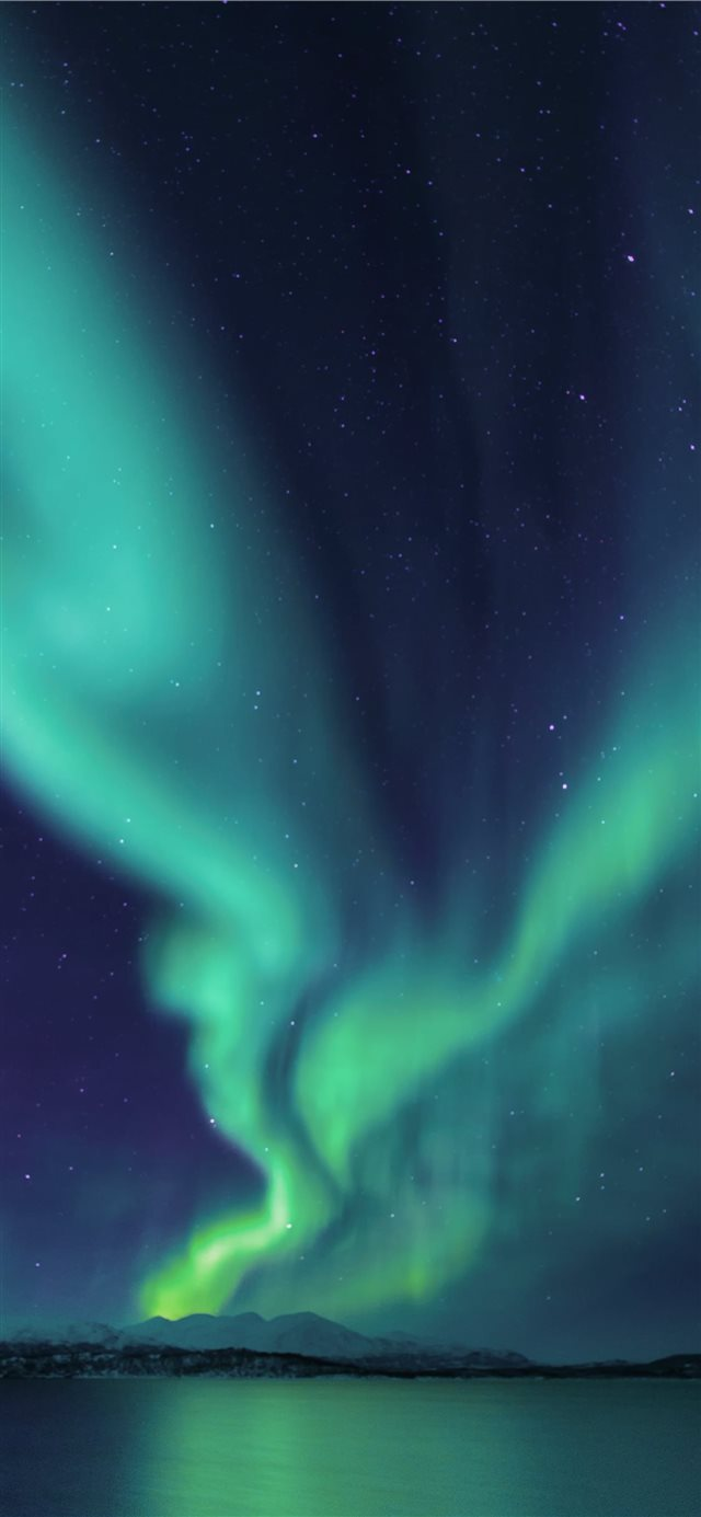 photograph of aurora lights iPhone X wallpaper