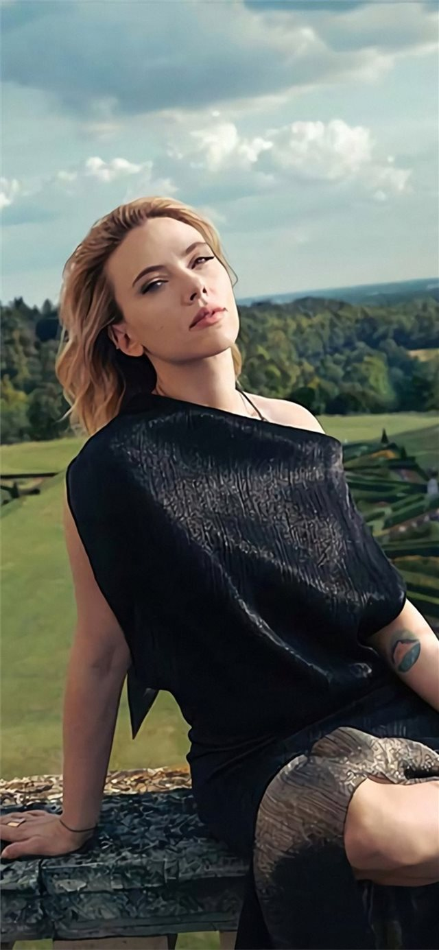 scarlett johansson the hollywood reporter magazine... iPhone 11 wallpaper