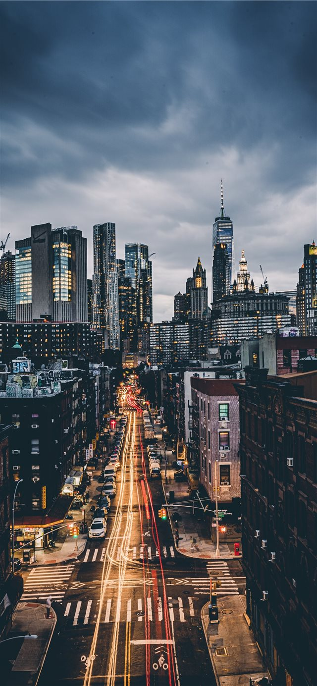 skyline city scenery iPhone 11 wallpaper