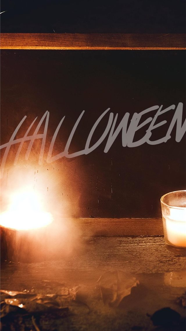 halloween iPhone SE wallpaper