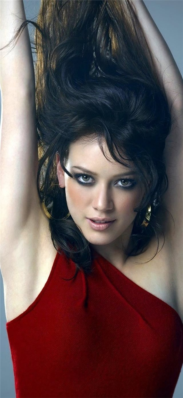 hilary duff 2019 4k iPhone 11 wallpaper