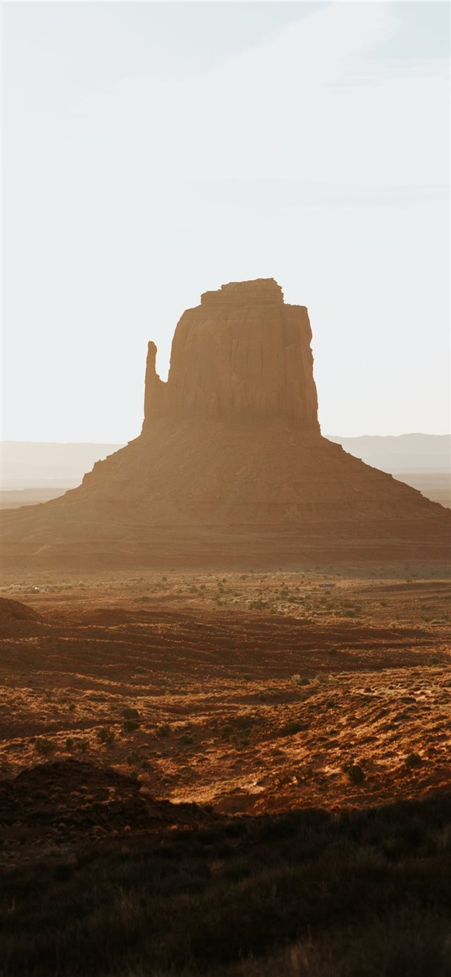 Monument Valley California iPhone X wallpaper