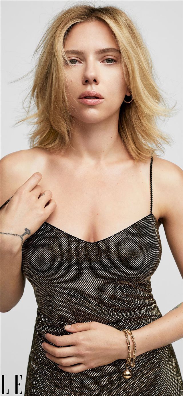 scarlett johansson elle 2019 iPhone X wallpaper