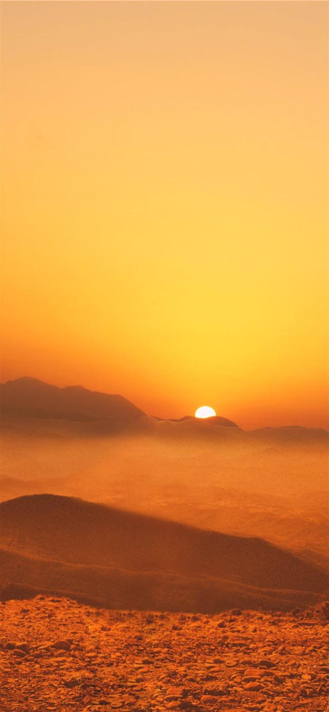 brown hill iPhone X wallpaper