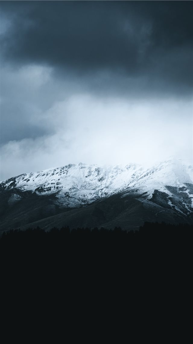 snow covered mountain iPhone 8 wallpaper