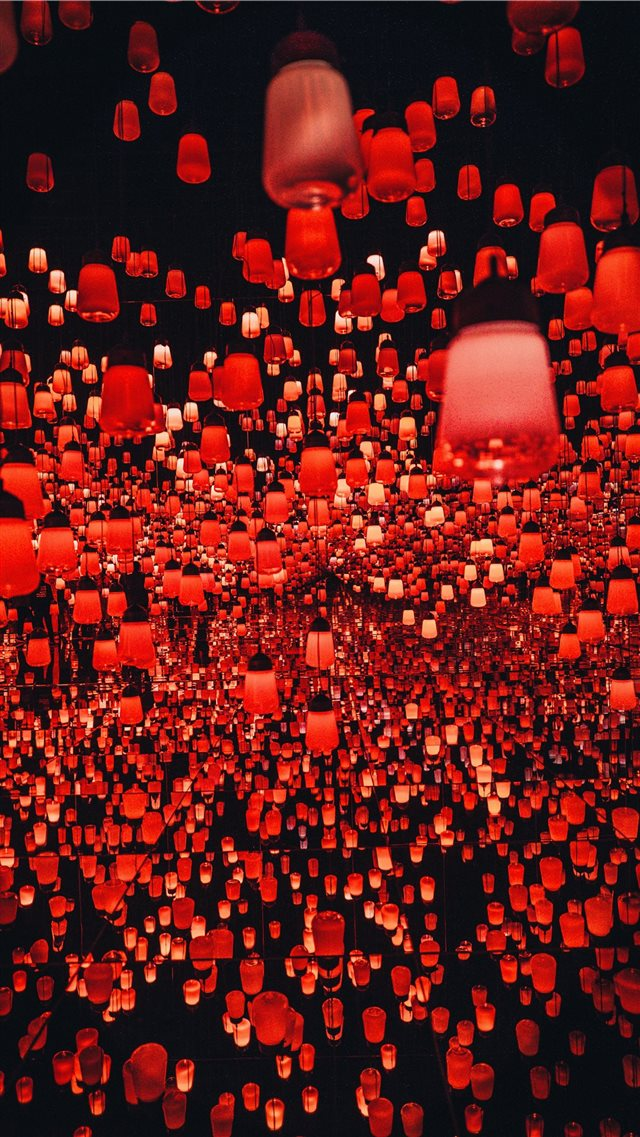 hundreds of Chinese lanterns at the teamLab Border... iPhone 8 wallpaper