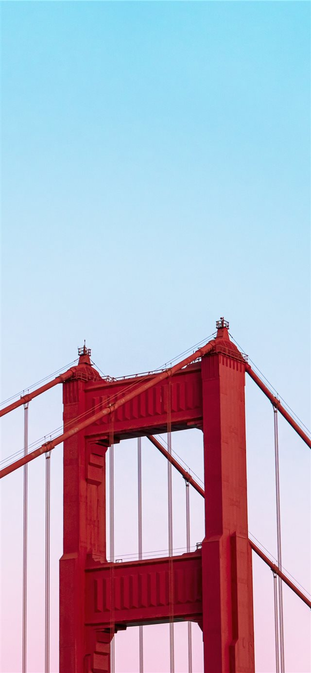 Golden Gate Bridge under a calm blue sky iPhone 11 wallpaper