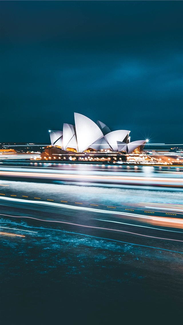 Sydney Opera House during nighttime iPhone SE wallpaper