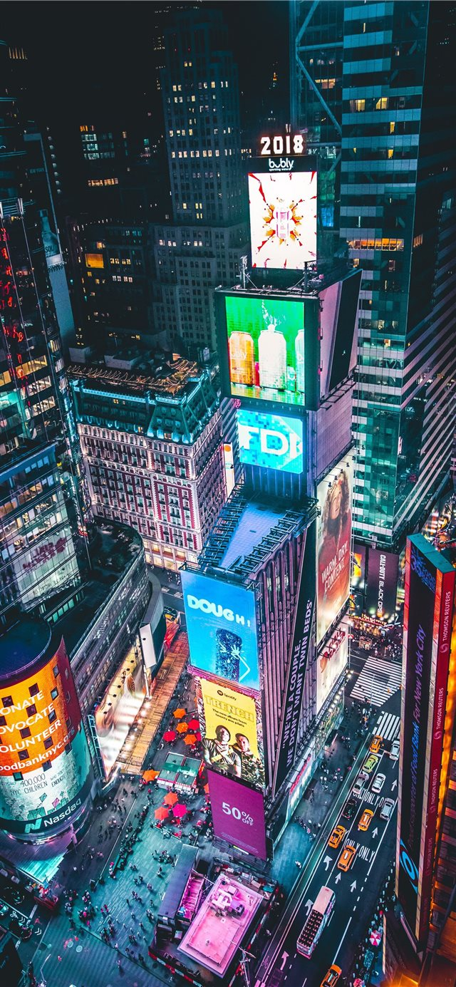 Time Square New York iPhone 11 wallpaper