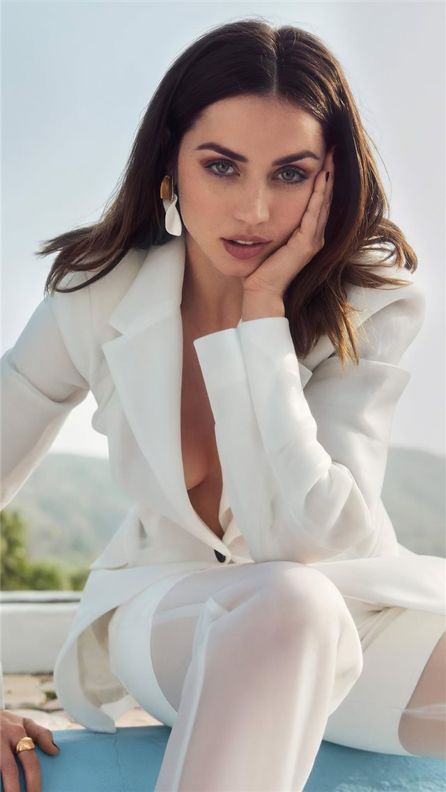 ana de armas 2020 vogue 4k iPhone 8 wallpaper
