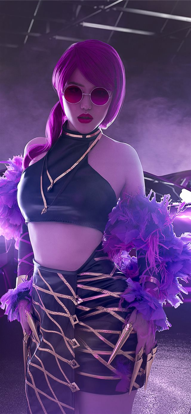 evelynn kda cosplay 4k iPhone 11 wallpaper