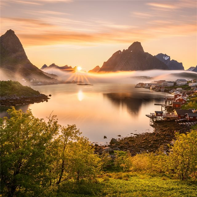 norway scenery mountains reine fog sun bay 4k iPad wallpaper