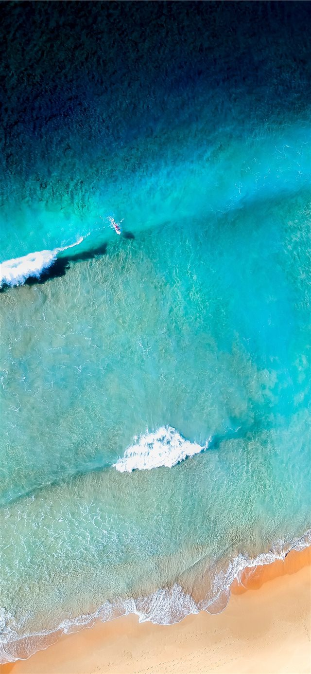 sea waves near shore iPhone X wallpaper